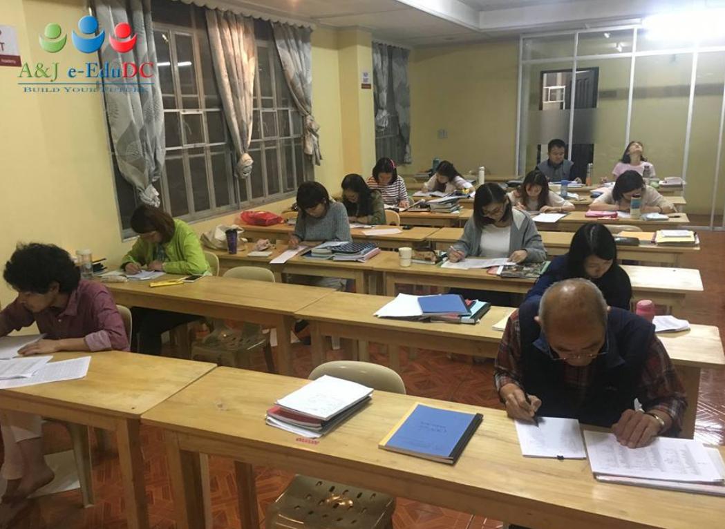 Lớp học IELTS tại trường Anh ngữ AJ
