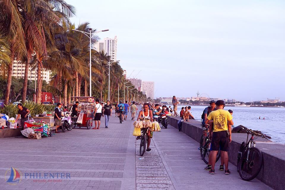 Người Philippines nói tiếng gì?