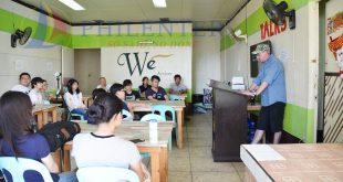 Khóa học TESOL tại trường Anh ngữ WE Academy